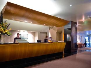 Hotel Grand Chancellor Melbourne Мельбурн - Лобби
