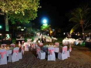 Pulai Desaru Beach Resort & Spa Desaru - Beach Wedding Dinner