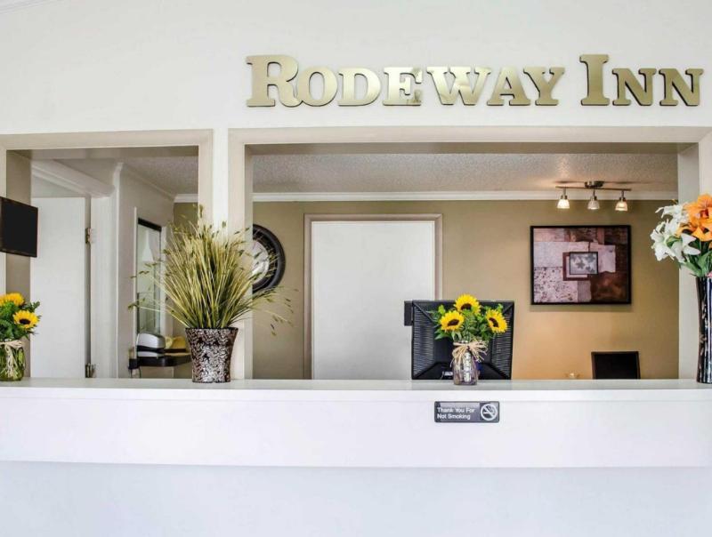 Rodeway Inn Carlisle - Carlisle, PA 17013
