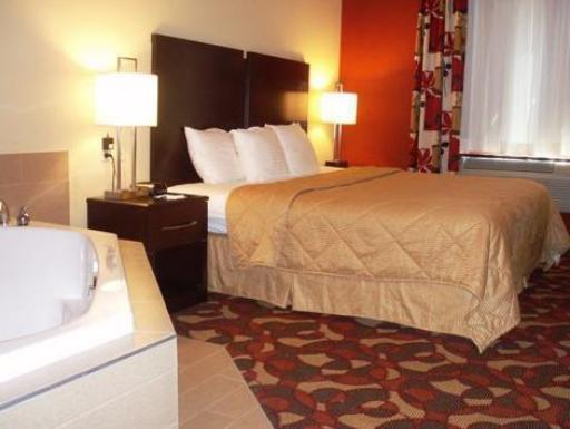 Comfort Inn hotel accepts paypal in New Cumberland (PA)