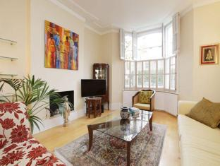 Veeve  Spacious Home With Garden Balfour Street Highbury