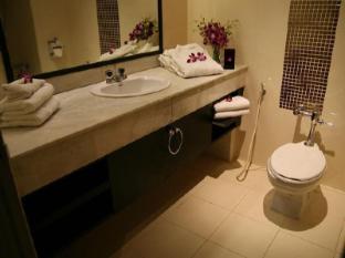 Grand Inn Hotel Bangkok - Baño