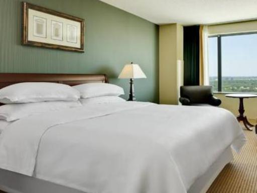 Sheraton Overland Park Hotel at the Convention Center hotel accepts paypal in Overland Park (KS)