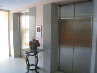Philippines Hotel Accommodation Cheap   Taft Tower Manila Manila - Elevator