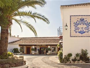 Best guest rating in Mijas ➦ Grangefield Oasis Club takes PayPal