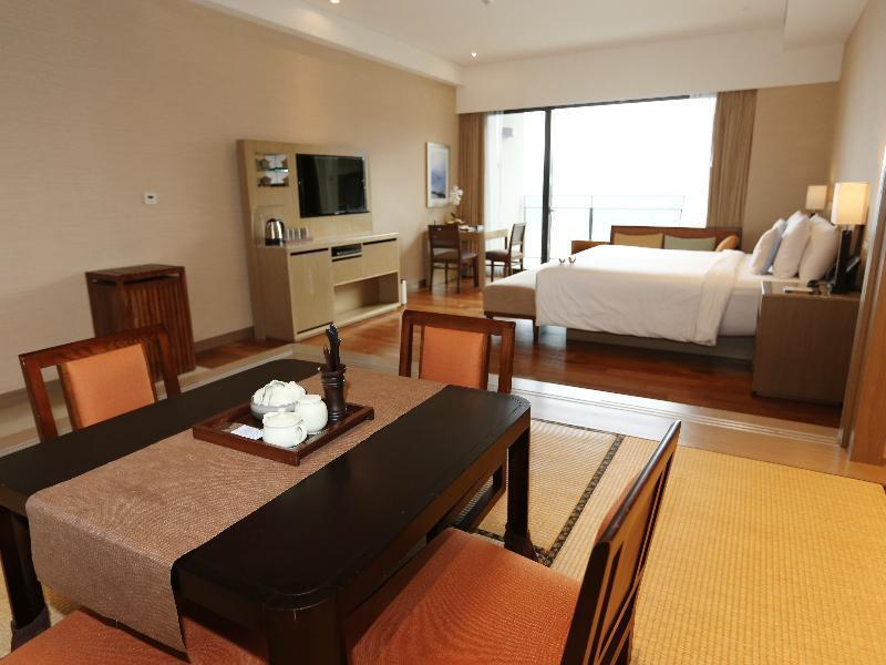 Royal Lake View Suite (2 People) 5-8f