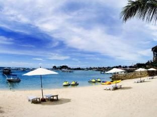 Cebu White Sands Resort and Spa Mactan Island - Beach
