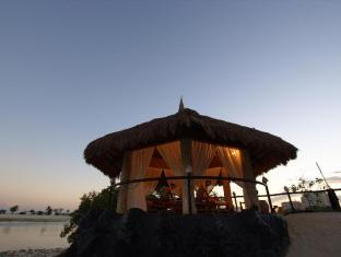 Bluewater Maribago Beach Resort Mactan Island - स्पा