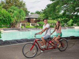 Plantation Bay Resort & Spa Cebu - Tandem bicycles