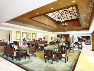 Waterfront Airport Hotel and Casino Mactan Cebu City - Lobby