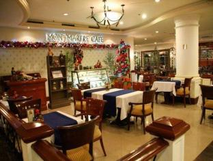 Grand Regal Hotel Davao Davao City - Coffee Shop/Cafe