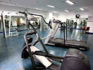 Century Park Hotel Manila - Fitnessruimte