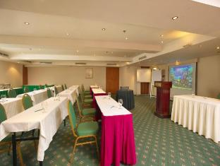 Bayview Hotel Singapore - Function Room (Classroom Setup)