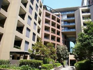 Pyrmont Furnished Apartments 704 Jones Bay Road