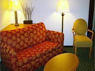 hotels.com Fairfield N Fossil Creek Hotel