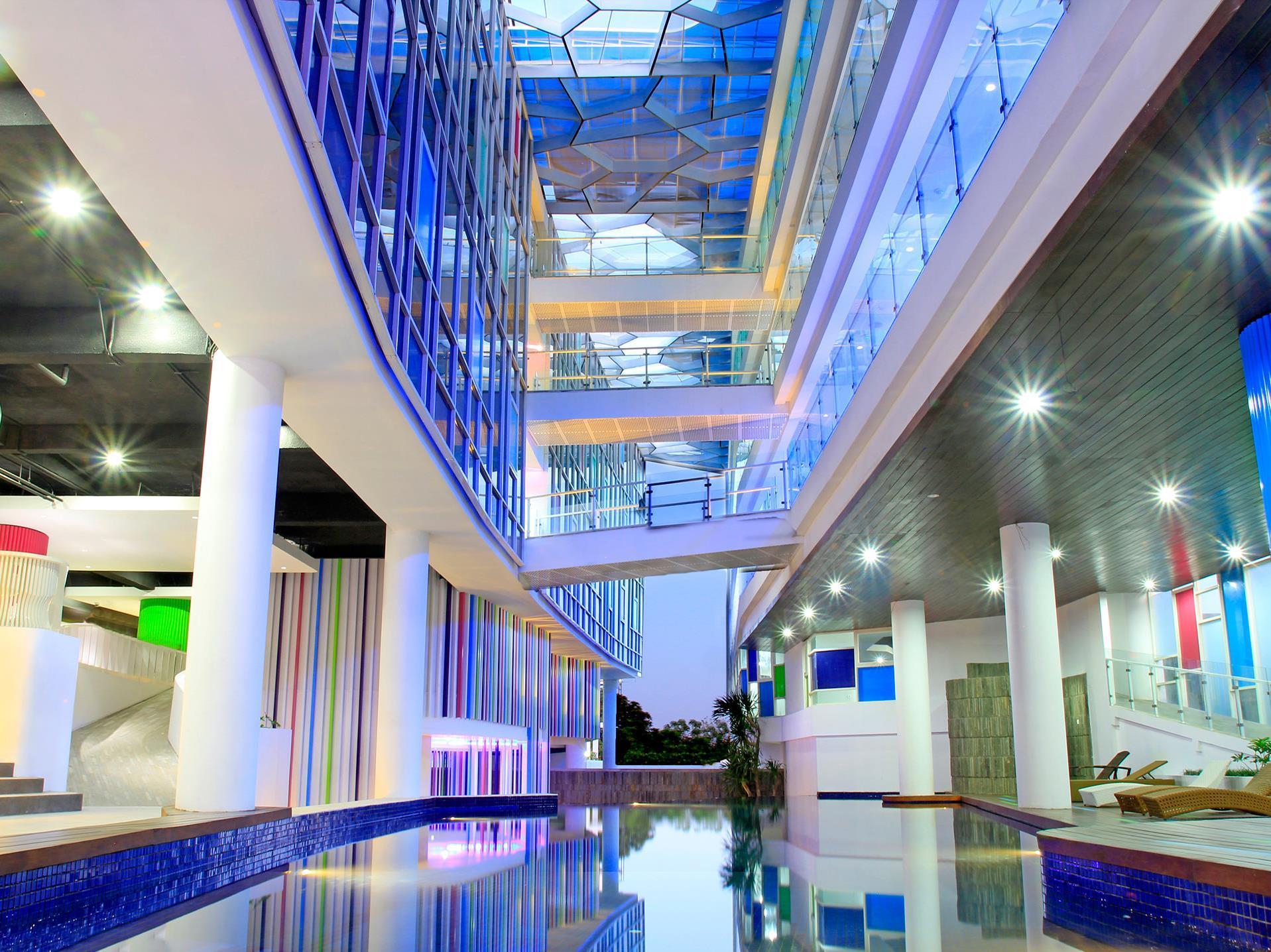 Hotel Berry Glee Hotel by Avilla Hospitality - Jalan Raya Kuta no.139 , Kuta - Bali - Bali
