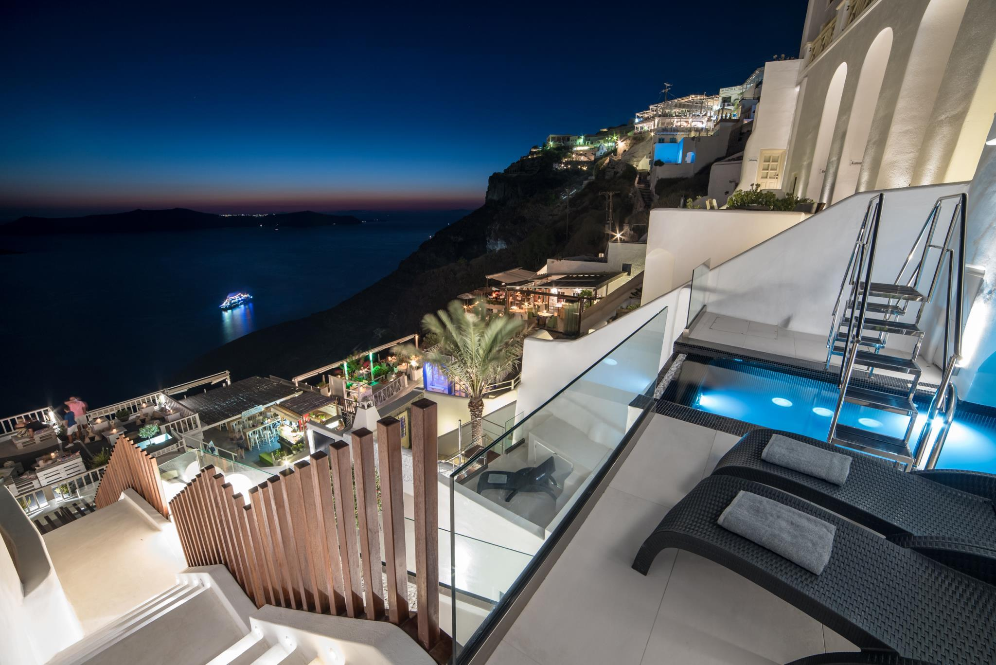Day Dream Luxury Suites Santorini 5 Star Hotel In Santorini Greece
