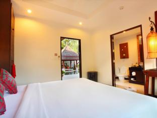 The Bell Pool Villa Resort Phuket Phuket - 2nd Bedroom with Private Bathroom