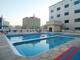 Ramee Baisan Hotel Manama - Schwimmbad