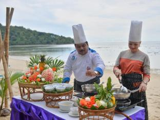 Tri Trang Beach Resort by Diva Management Phuket - Thai Cooking Class