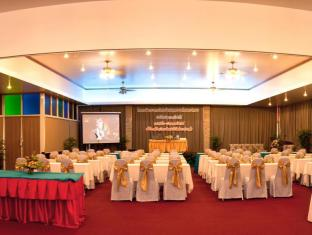 Tri Trang Beach Resort by Diva Management Phuket - Meeting Room