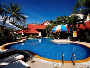 Horizon Patong Beach Resort & Spa Πουκέτ - Πισίνα