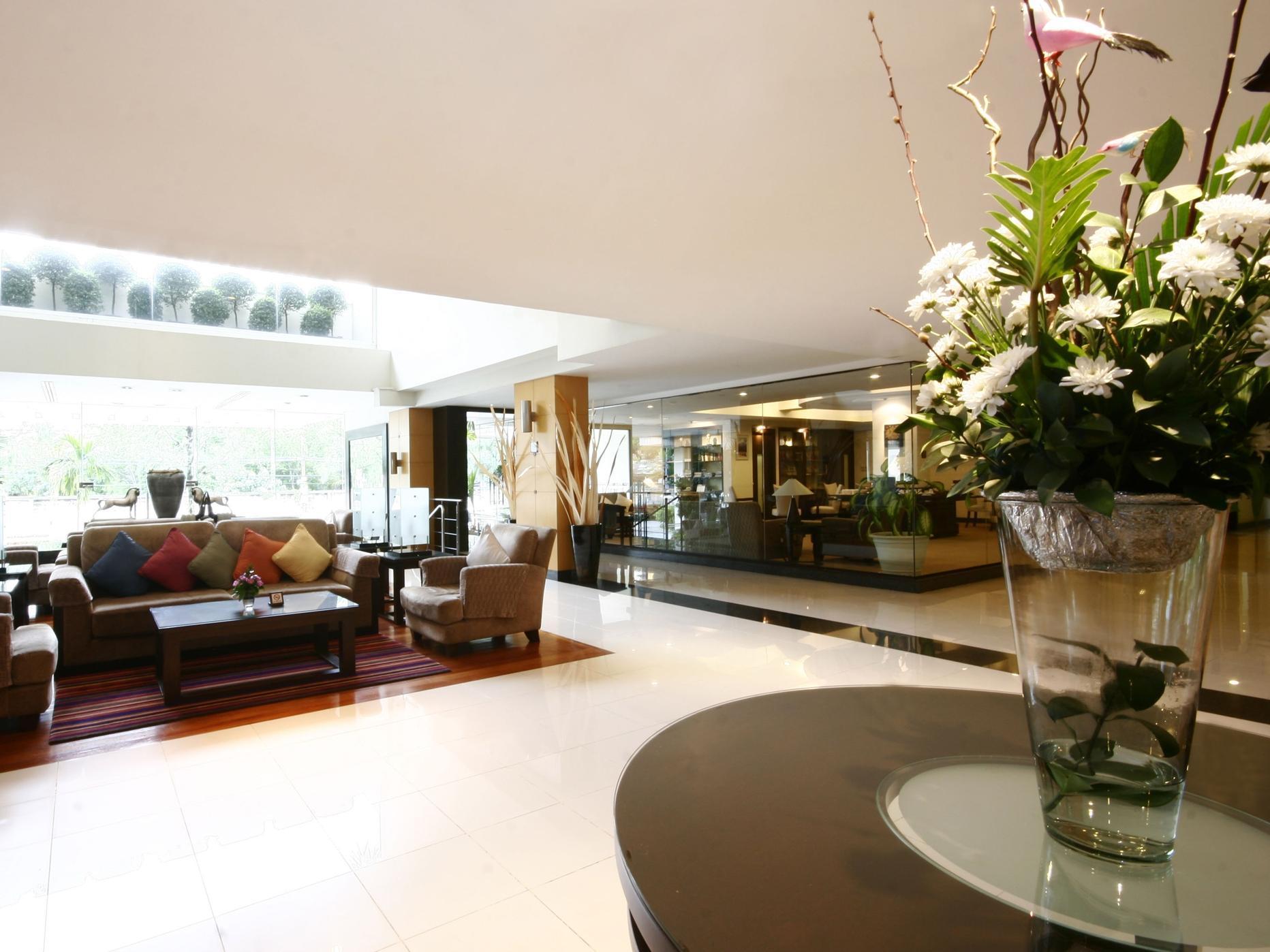 โรงแรมแคนทารี เฮาส์ กรุงเทพมหานคร