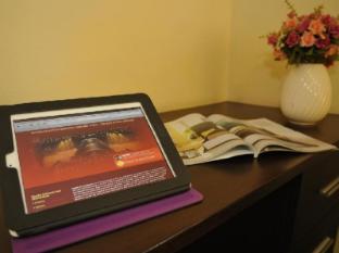 Regent Suvarnabhumi Hotel Bangkok - Working Desk