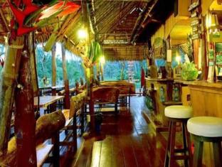 Tenta Nakara Resort and Restaurant Phuket - Quầy bar/Pub