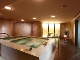 Shangri-La's Far Eastern Plaza Hotel Tainan - Hot Tub