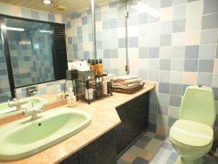 Shinjuku City Hotel N.U.T.S Tokyo Tokyo - Bathroom