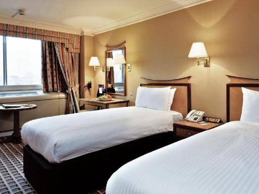 Copthorne Tara London Kensington Hotel Accepts Paypal In