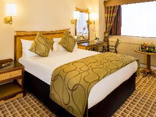Copthorne Tara London Kensington Hotel London takes PayPal