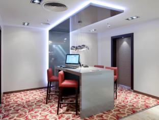 Crowne Plaza Berlin City Centre Nurnberger Hotel Берлин - Бизнес център