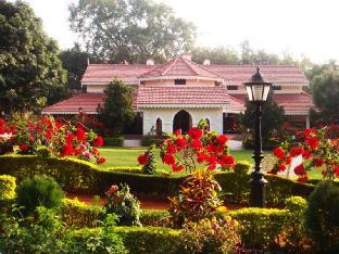 Hotel Golf View Pachmarhi