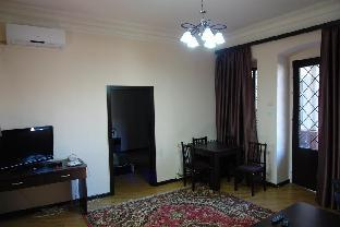 Cozy Apartment in Old Tbilisi photo 2