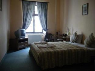 Hotel Columbo Prague - Guest Room