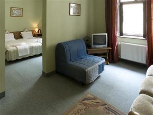 Hotel Columbo Prague - Superior Room