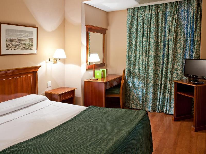 Double Or Twin Room With Breakfast