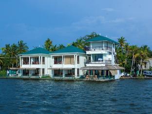 Kadavil Lakeshore Resort Аллеппи