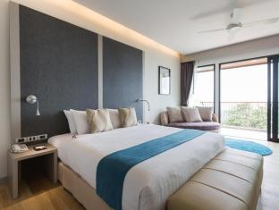 Aonang Cliff Beach Suites and Villas