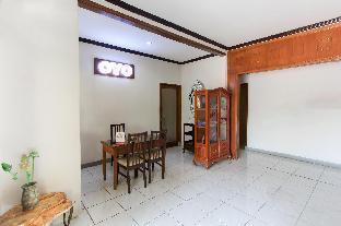 11-12, Jl. Griyo Mapan Sentosa EA I/11-12, Tropodo Waru, Sidoarjo, Surabaya
