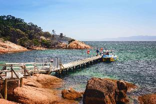 Best guest rating in Coles Bay - Freycinet ➦ Edge of the Bay Resort takes PayPal