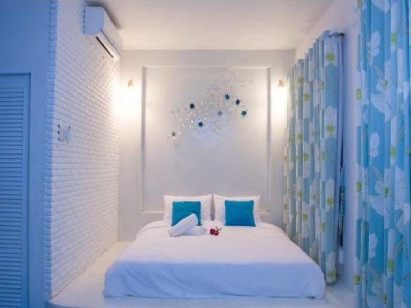 Laemsing Whitehouse Resort,แหลมสิงห์ ไวท์เฮาส์ รีสอร์ต