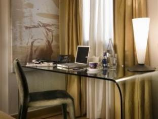 Eridanus Luxury Art Hotel Athens - Guest Room