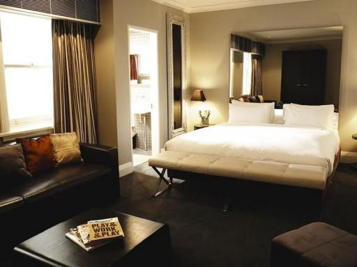 ➦  8Hotels Collection    customer rating