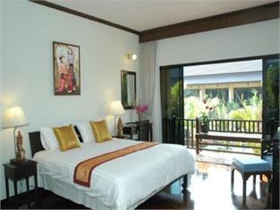 Assaradevi Villas & Spa Resort guestroom junior suite
