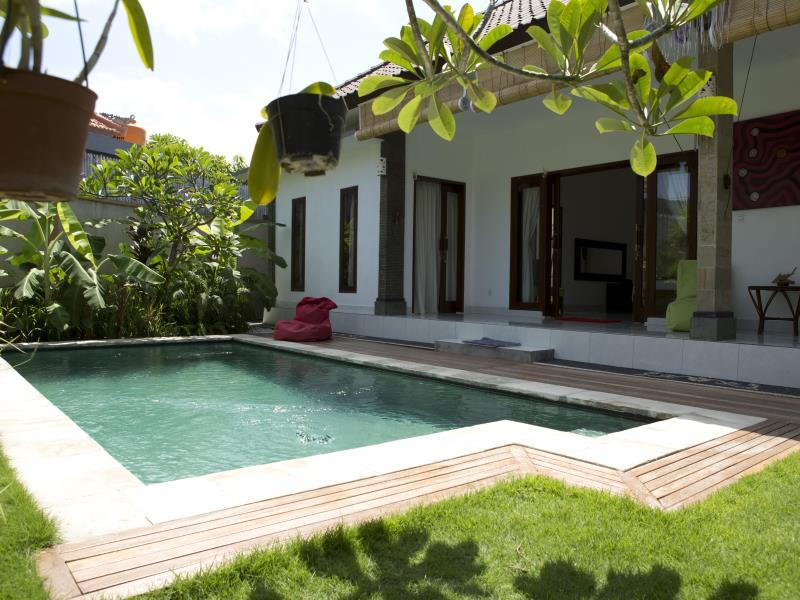 Hotel Kuma Alas Villa - Jalan Umalas I - Bali