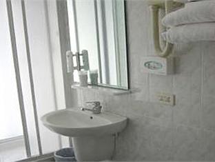 Hotel Viale Sauli Genoa - Bathroom