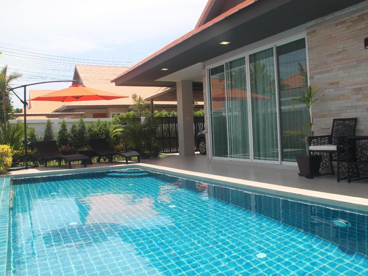 เดอะ วีลล์ พูล วิลลา จอมเทียน (The Ville Pool Villa Jomtien)